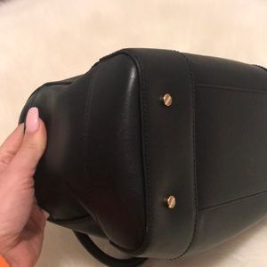 Tory Burch Bags - Tory Burch Robinson Top Handley Bag